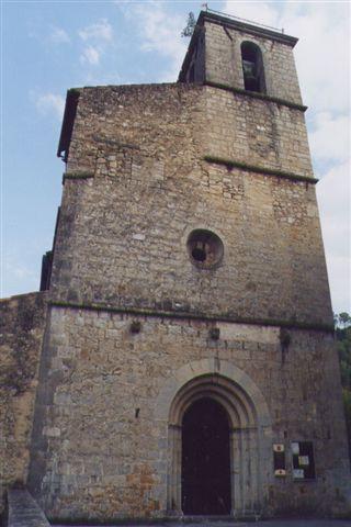L'église d'Entrecasteaux - photo de Gilbert Suzan