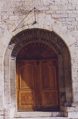 L'église de Salernes - photo Gilbert Suzan